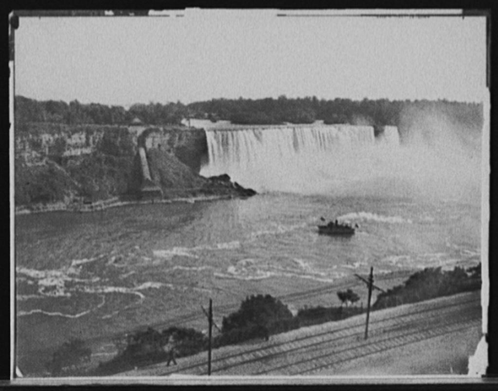 Niagara Falls from Canadian shore