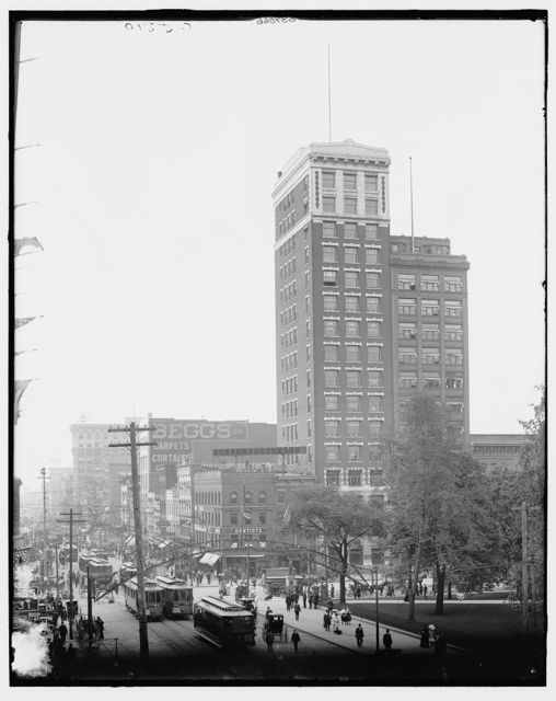 [North east corner, Broad and High streets, Columbus, Ohio]
