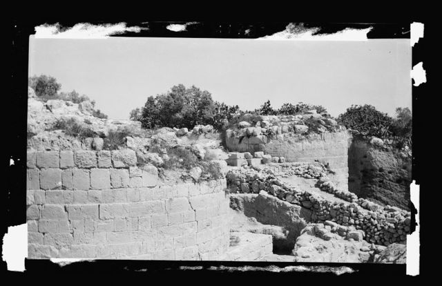 Northern views. The excavations at Samaria. The Herodian towers and city gate