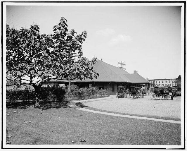 [N.Y. Central Railway station, Tarrytown, N.Y.]