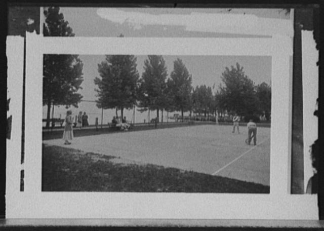 [Old Club, tennis court, St. Clair Flats, Mich.]