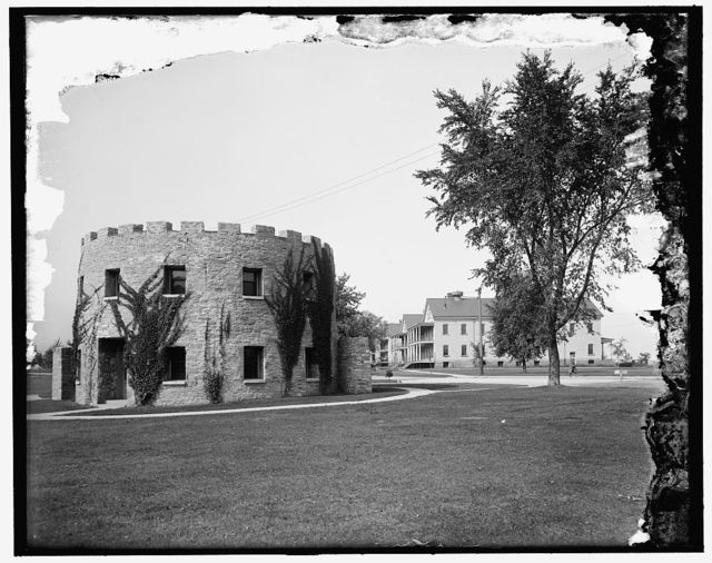 [Old round tower and new barracks, Ft. Snelling, Minn.]
