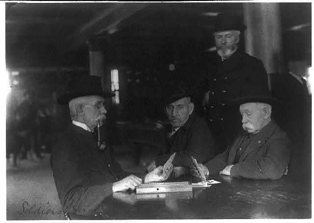 [Old veterans playing cribbage at Soldiers' Home, Washington, D.C., ca. 1900]
