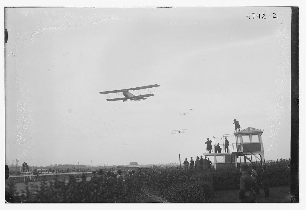 Planes in flight aviation meet, Belmont, N.Y.