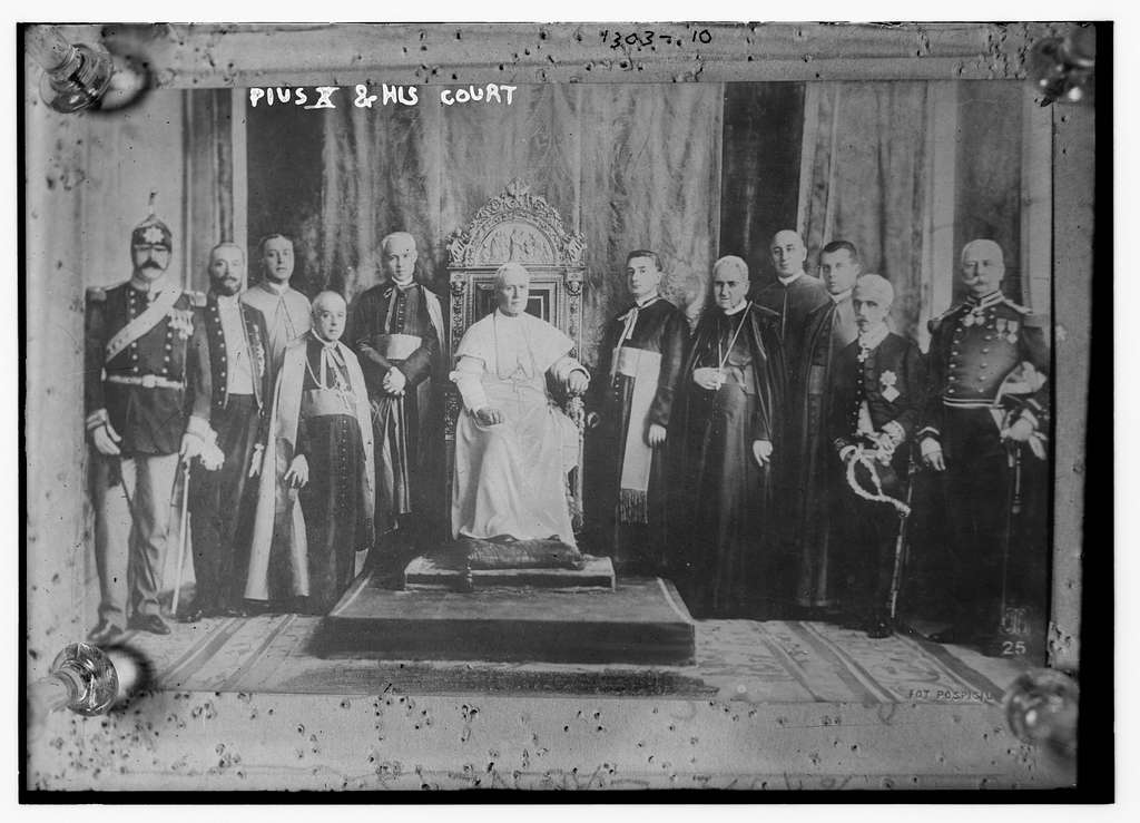 Pope Pius X and his court