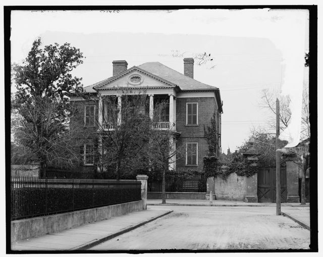 [Pringle mansion, British headquarters, Charleston, S.C.]