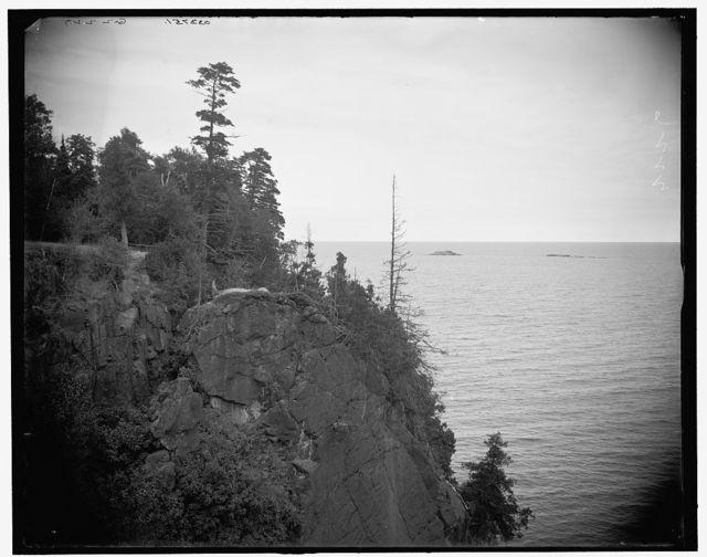 [Pulpit Rock, Presque Isle Park, Mich.]