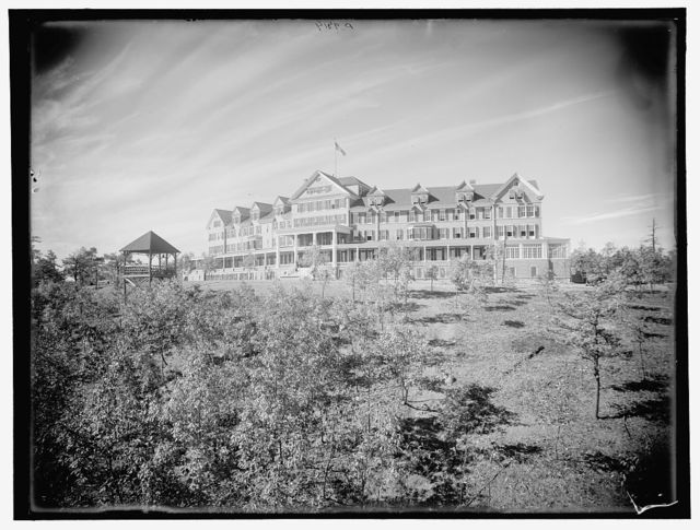 [Resort hotel]