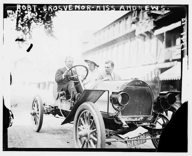 Robt. Grosvenor & Miss Andrews (in auto)