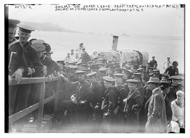 """Sailors on shore leave from the """"Louisiana"""" at N.Y."""