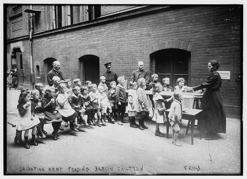 Salvation Army feeding Berlin children