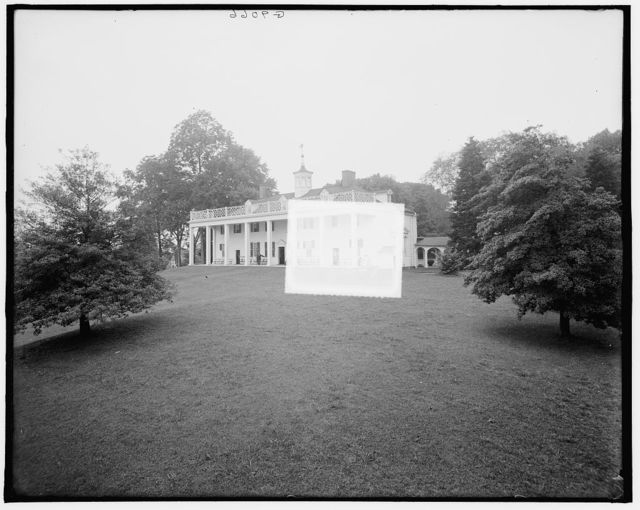 [S.E. view of the mansion, Mt. Vernon, Va.]