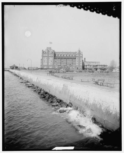 [Sea wall, Old Point Comfort, Fort Monroe, Va.]