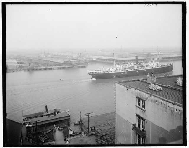 [Seaboard Air Line docks, Savannah, Ga.]