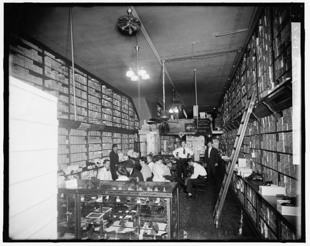 [Shoe store interior, probably Detroit, Mich.]