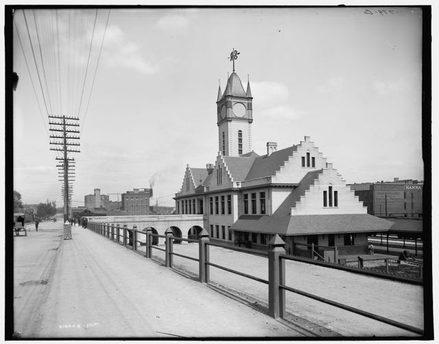 [Southern Railway Station, Knoxville, Tenn.]