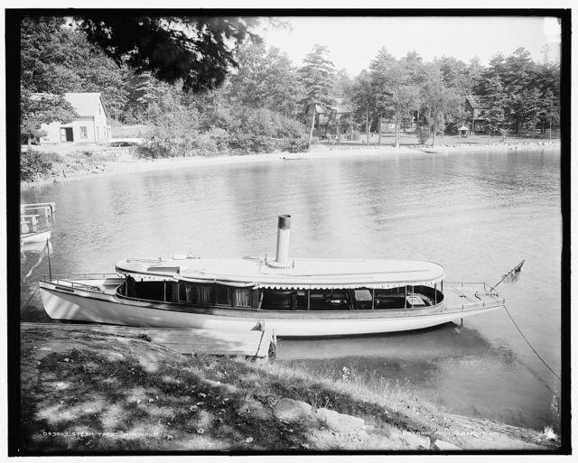 Steam yacht Montcalm