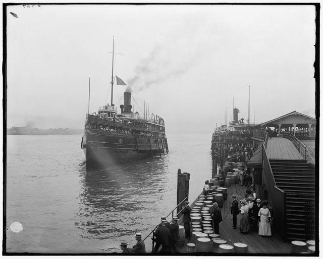 [Steamboat, Detroit & Cleveland Navigation Co. Line, Detroit]