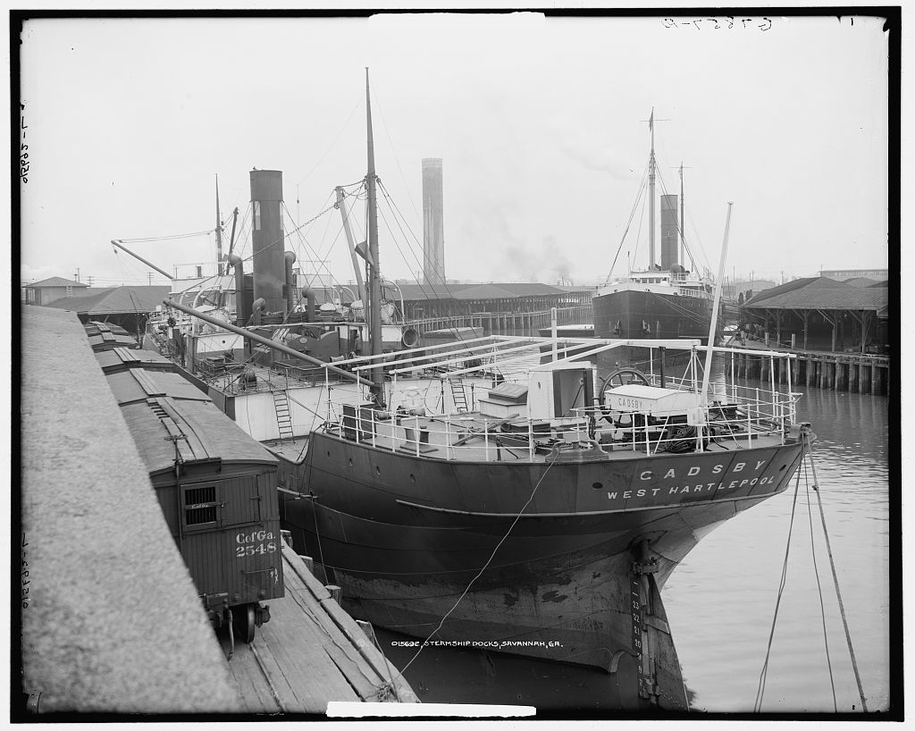 Steamship docks, Savannah, Ga.