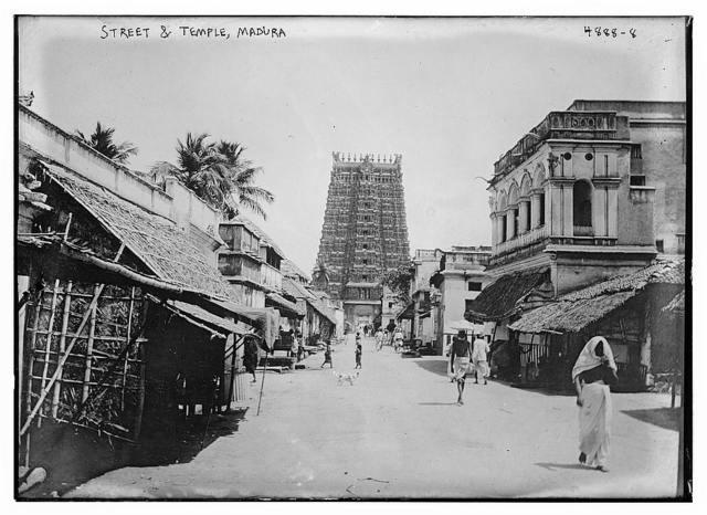 Street & Temple, Madura