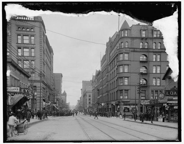 [Superior Street, Duluth, Minn.]