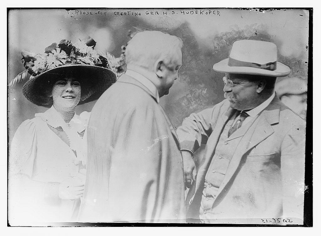 T. Roosevelt greeting Gen. H.S. Hudekoper