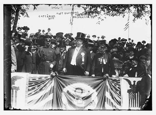 Taft Reviewing Parade, Capt. Archie Butt Decoration Day.