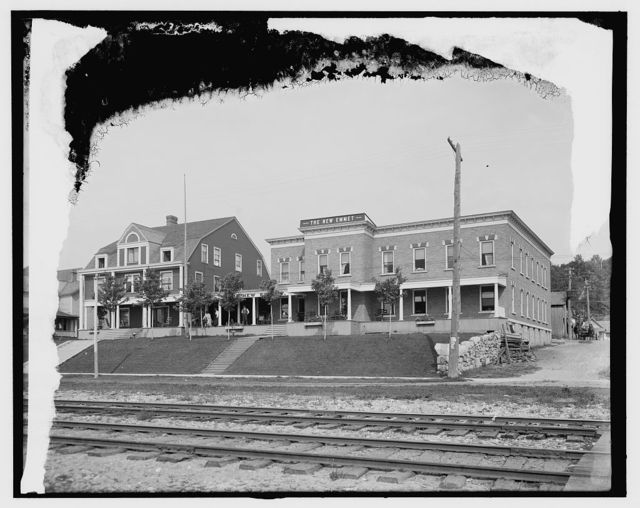 [The New Emmet, Harbor Springs, Mich.]