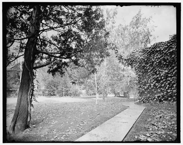 The rear lawn, J.H. Patterson's residence, Dayton, O[hio]