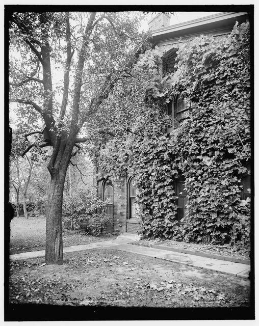 The stable, J.H. Patterson's residence, Dayton, O[hio]