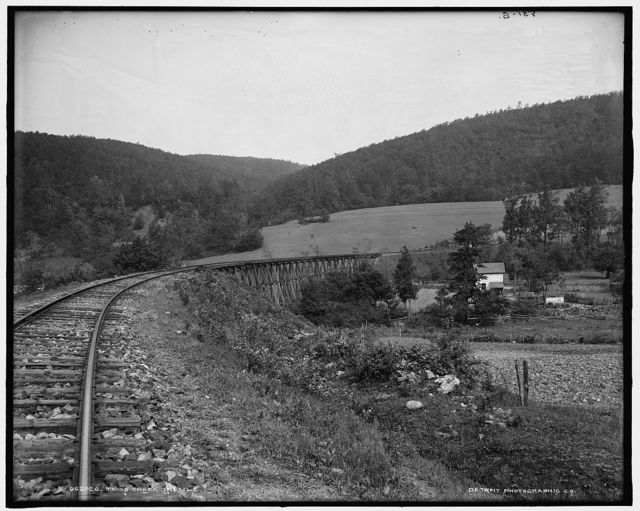 Toms Creek trestle [Frederick County, Md.]