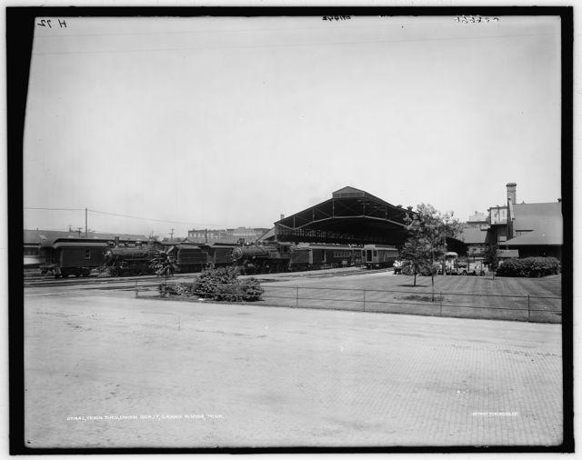 Train shed, Union depot, Grand Rapids, Mich.