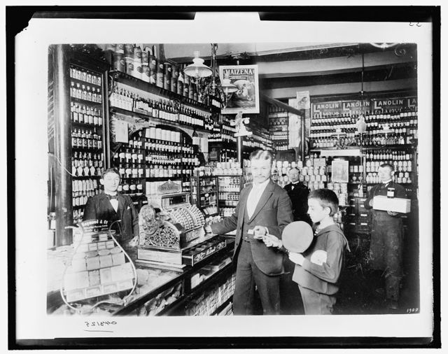 [Unidentified grocery store, probably in Germany]