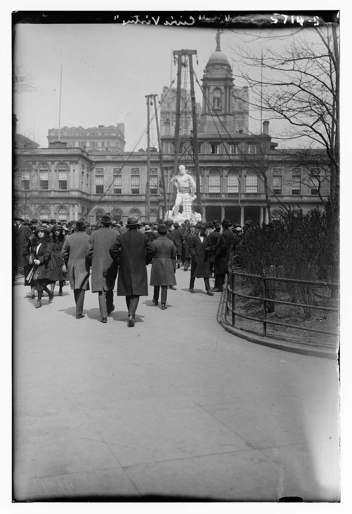 "Unveiling of statue ""Civic Virtue"""