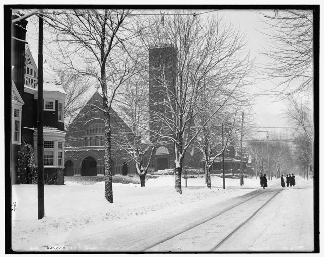 [Upper Woodward Avenue in winter attire, Detroit, Mich.]