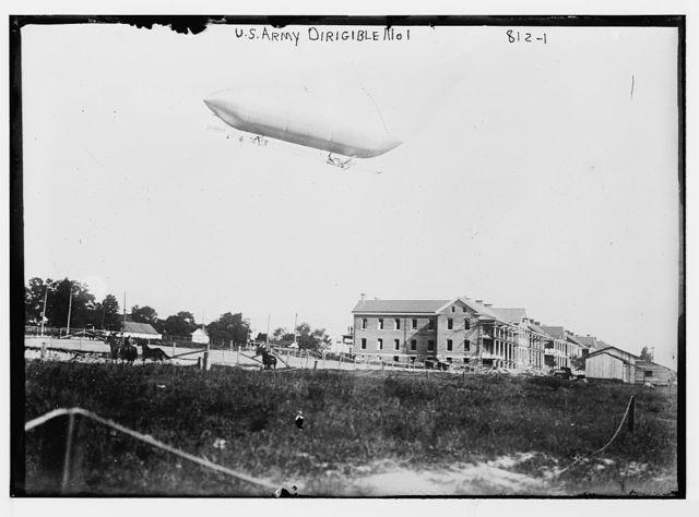 U.S. Army dirigible no. 1, over field
