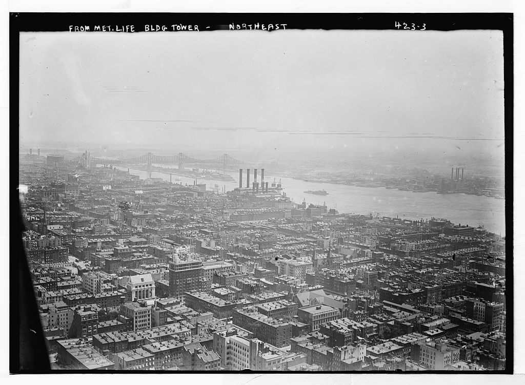 View from Met. Life Bldg. Tower, northeast [toward East River, Manhattan]