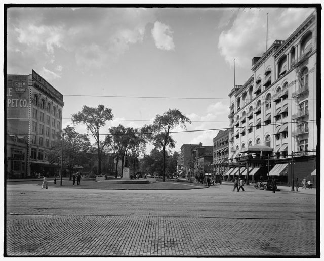 [View of Washington Boulevard, Detroit, Mich.]