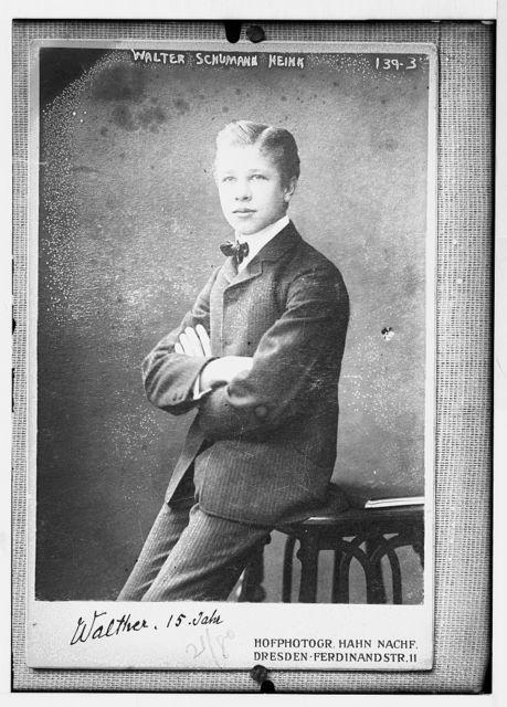 Walter Schumann - Heink, 15 years, photo: Hahn Nachf., Dresden, Ferdinand Str. 11 / Hahn Nachf.