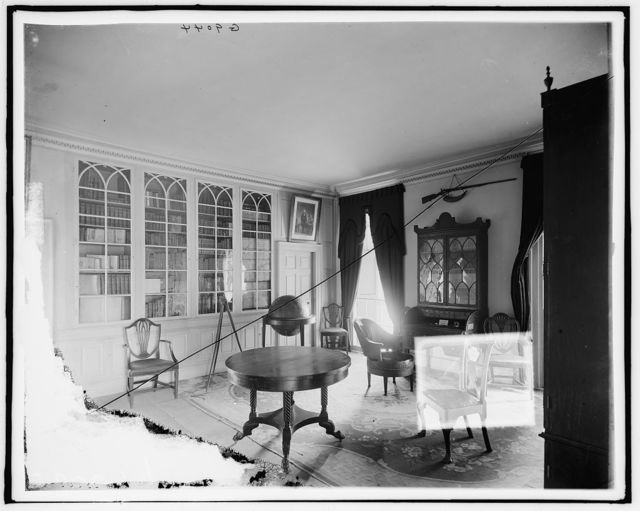 [Washington's library, Mt. Vernon, Va.]