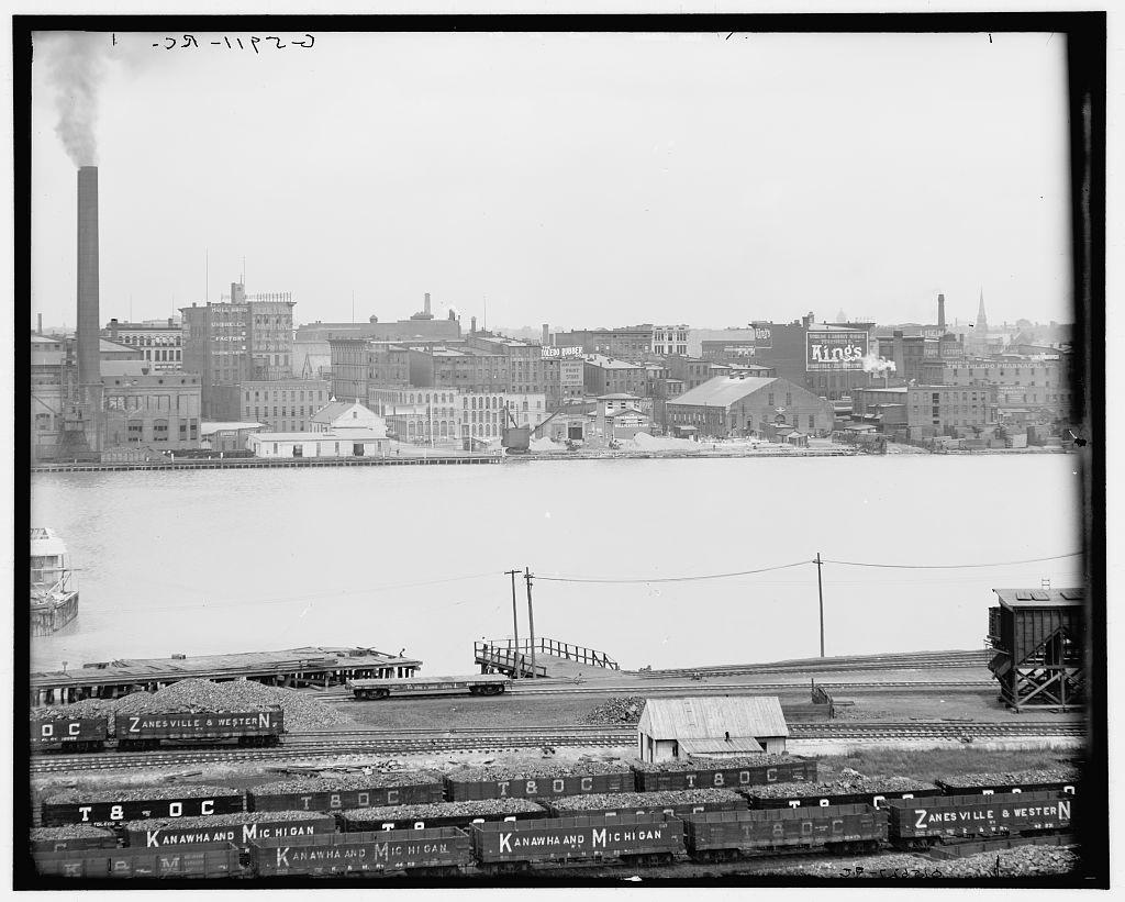 Water front, Toledo, O[hio]