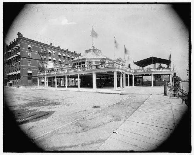 [Wayne Hotel and pavilion, Detroit, Mich.]