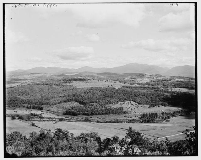 White Mountains & Franconia Mountains from Kilburn Crags, Littleton, White Mountains