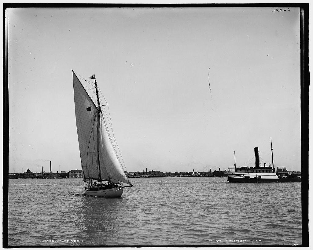 Yacht Vesta