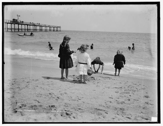 Youngsters on the beach, Palm Beach, Fla.