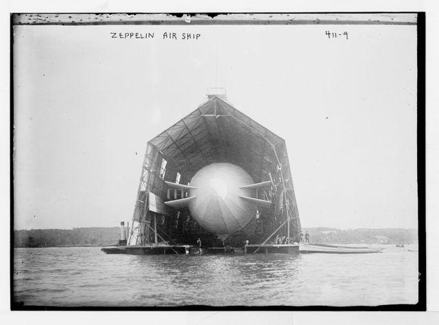Zeppelin Air Ship