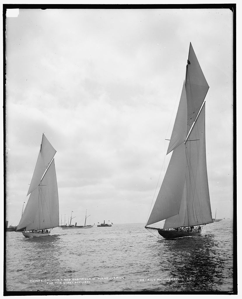 Columbia and Shamrock II maneuvering for the start