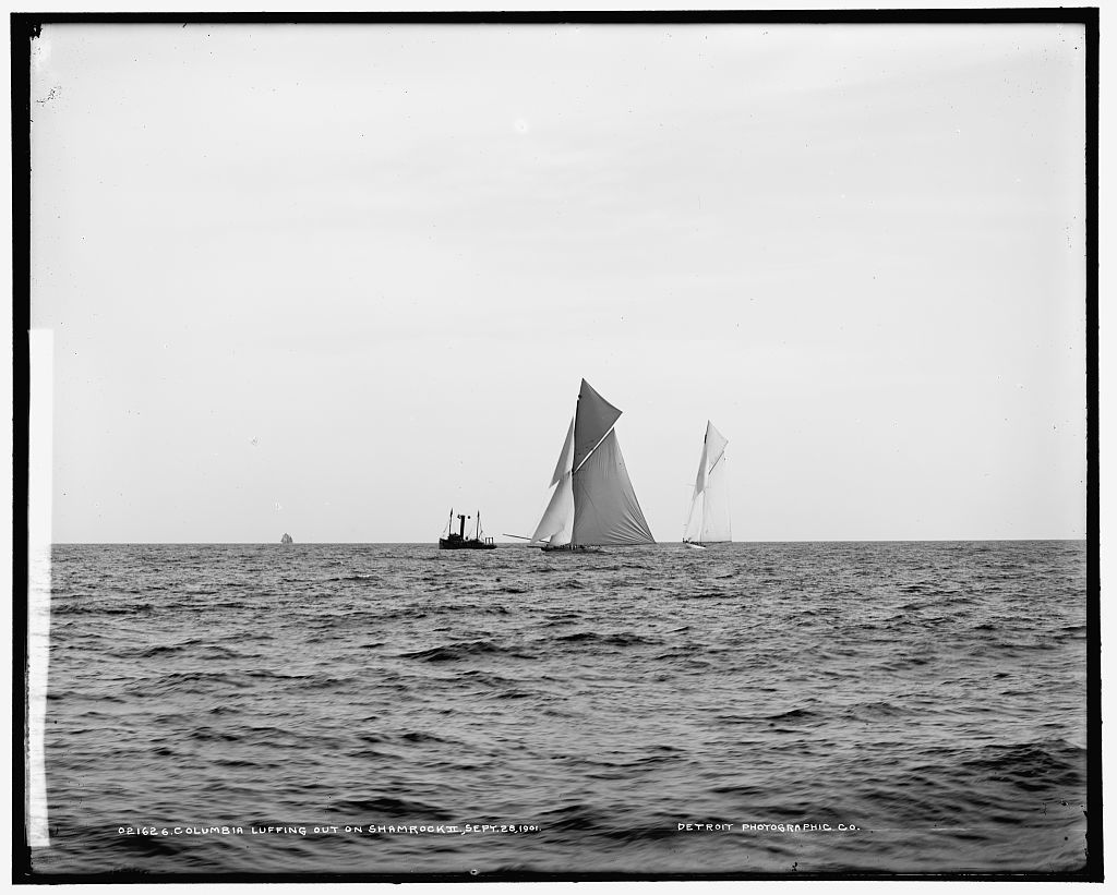 Columbia luffing out on Shamrock II