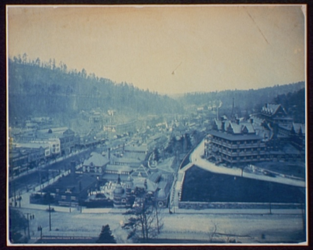 Hot Springs, Ark. from tower of Eastman Hotel