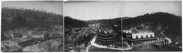 [Hot Springs, Arkansas, from tower of the Eastman Hotel]